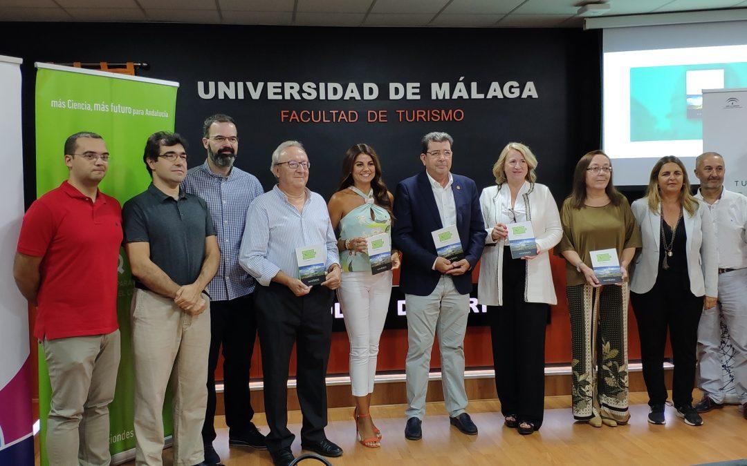 Miembros de la asociación participan en la publicación de la primera guía de Iniciación al turismo científico de España
